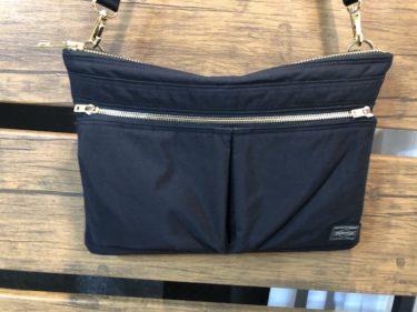 PORTERドラフトのショルダーバッグはA4サイズで高級感あり&クラッチバッグとしても使える!YouTube動画&着用画像有【ポーター愛用品レビュー622-66995】